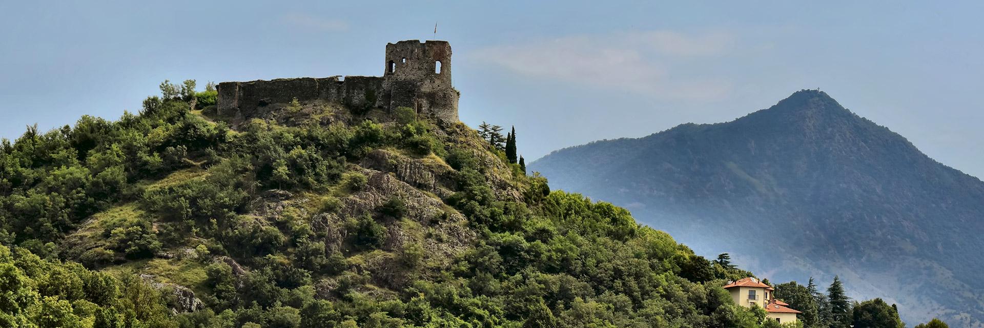 Veduta del Castello Sabaudo di Avigliana